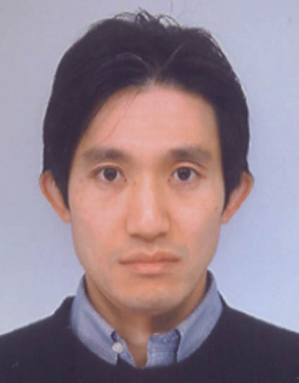 Photo of Hitoshi Kuwata